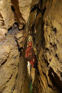 Jeskyně Skulina - u jezera